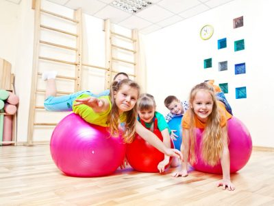 best-indoor-play-spaces-gyms-for-kids-surrey-bc